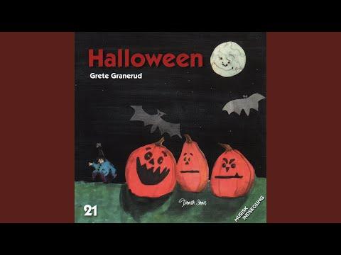 három csúcsos galandféreg halloween