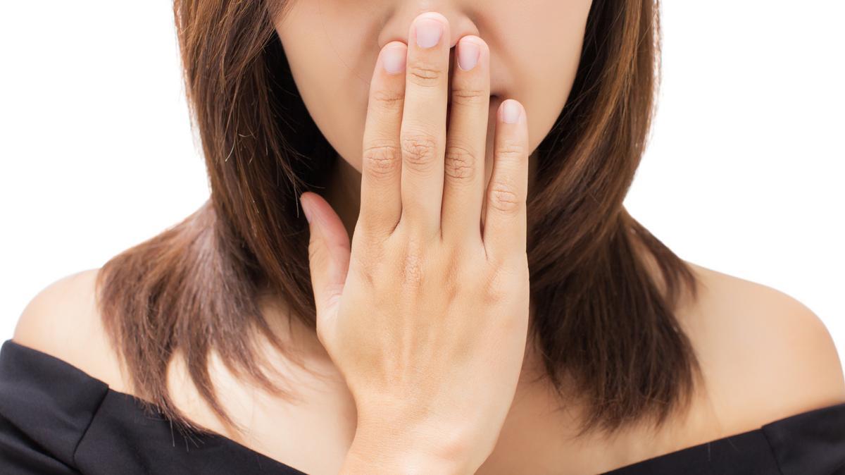 Rossz lehelet fájdalma a bal hypochondriumban